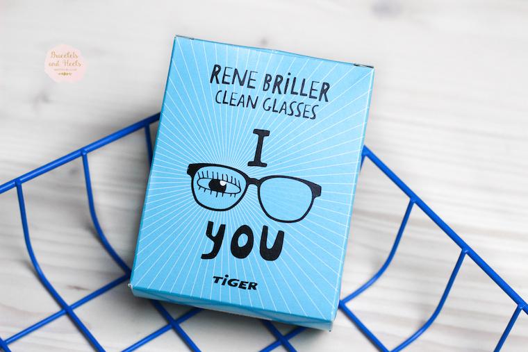 Clean Glasses Tiger