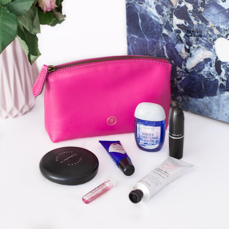 Maxwell-Scott-Accessoires-Blogger-Style-Whats-in-my-bag-beauty-giveaway